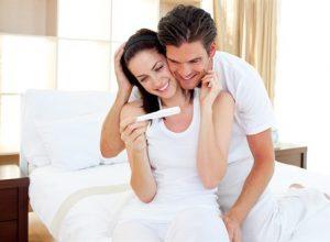 Bật mí các tư thế quan hệ vợ chồng giúp thụ thai hiệu quả